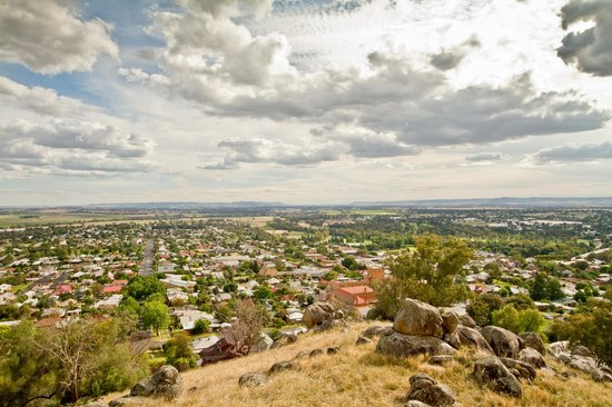 Cowra Visitor Information Centre: the view from Billy Goat Hill