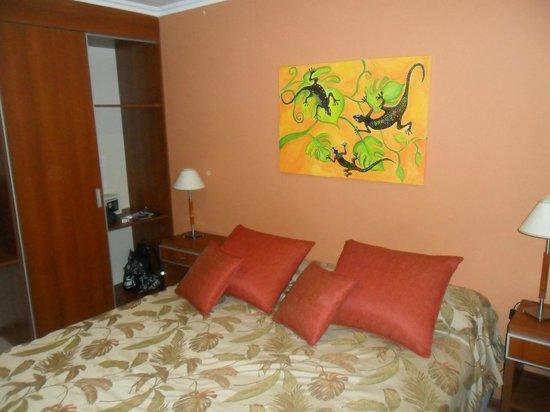 Hotel Jardin de Iguazu: pared de cabecera