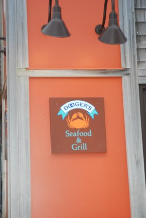 Dooger's Seafood & Grill: Outside the restaurant