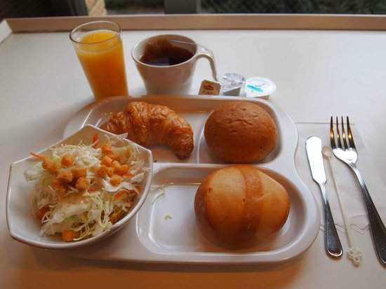 Keio Presso Inn Ikebukuro: Buffet Breakfast