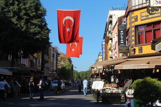 Eternity Boutique Hotel: Popular restaurant street around the corner - Akbiyik