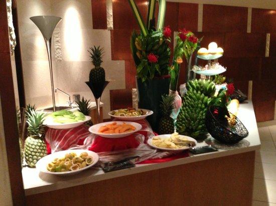Constance Ephelia: buffet frutta