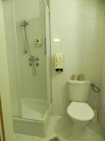 Hotel Berlin: bagno