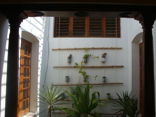 Les Hibiscus: Excellent Interiors
