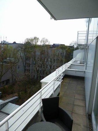 art'appart Kempinski Plaza: Balkon