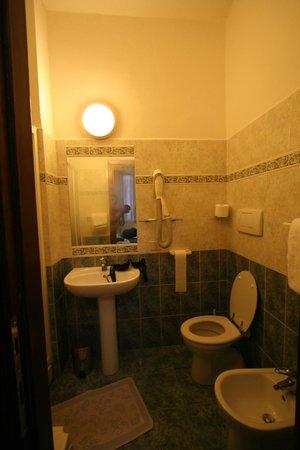 Hotel Nizza: il bagno