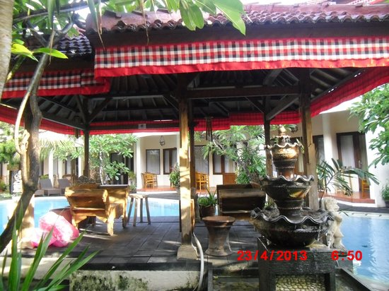 Hotel The Flora Kuta Bali: Gazebo