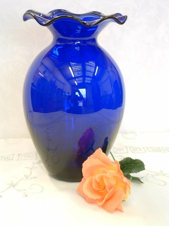 Ad Astra Graal Vase Made In Bedminster By John Ford Picture Of