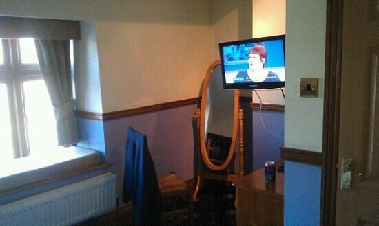 Mortimers Cross Inn : other side of room 4