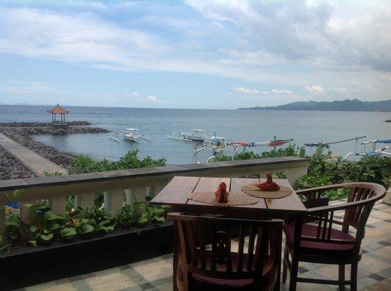 Ashyana Candidasa Beach Resort: Lezat Beach restaurant
