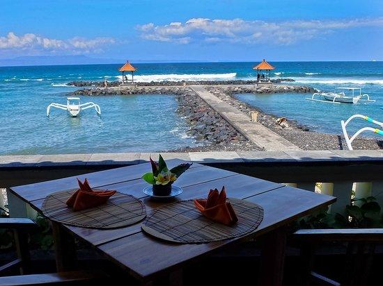 Ashyana Candidasa Beach Resort: View from Lezat Beach Restaurant and Ashyana