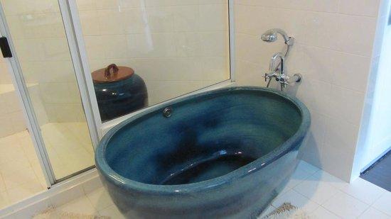 Cera Resort Chaam: Bathroom