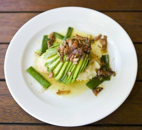 Kacy's Restaurant: Chicken avocado & Bacon