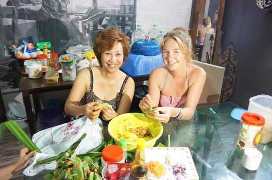 Gawing Lodge: Cooking Malay cuisine