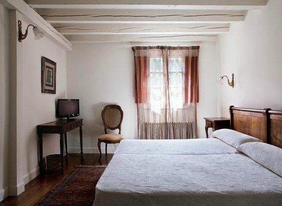 Iraragorri Hotel: Habitación