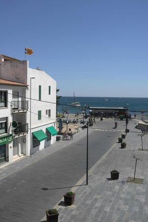 Hotel La Residencia : Blick aus dem Fenster Zimmer 11 im 2. OG