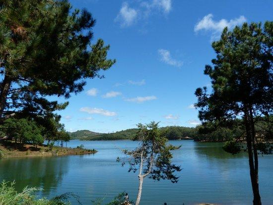 Mantasoa Lodge : vue sur le lac