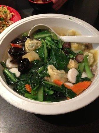 Yang yang noodle & dumplings