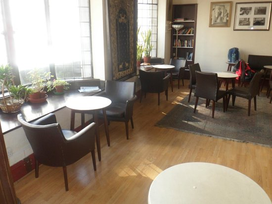 Hostel Strand Continental: Salita para desayunos