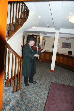 The Burton Hotel: Fiddling the guests in at the hotel reception