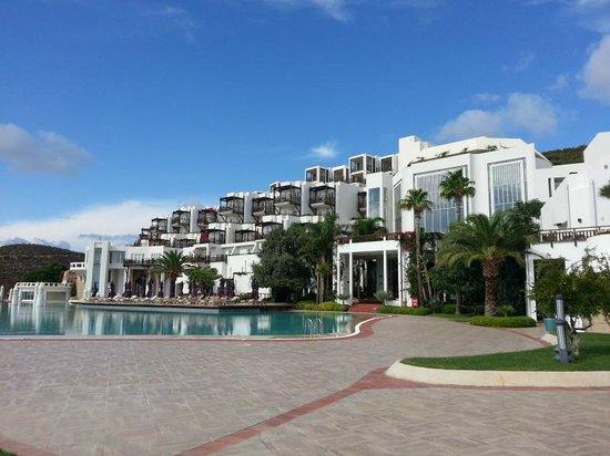 Kempinski Hotel Barbaros Bay: View of the hotel
