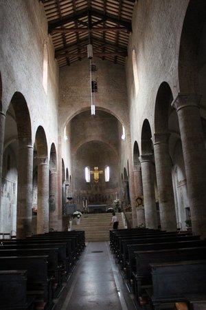Spoleto, Italien: chiesa di san gregorio maggiore