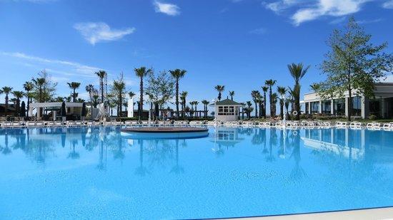 IC Hotels Santai: prachtig blauw water uitzicht zwembad