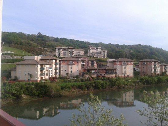 VVF Villages Urrugne : vue de la chambre