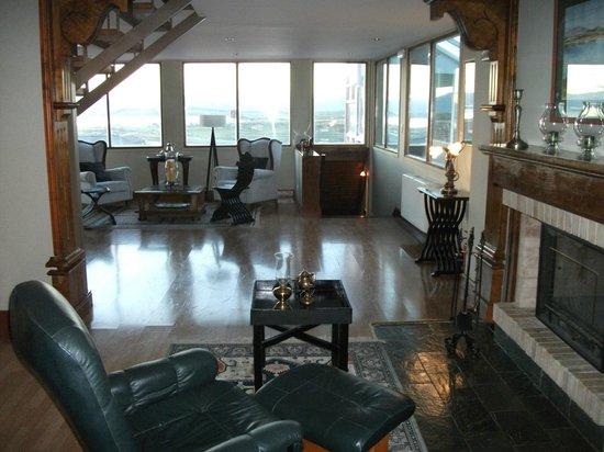 Hosteria Patagonia Jarke: A sala do hotel, comum a todos os hóspedes