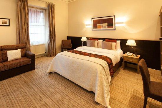 Strangford Arms Hotel: Superior Room