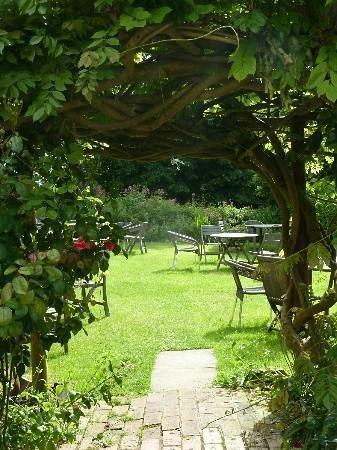 The Luttrell Arms: Secret Garden