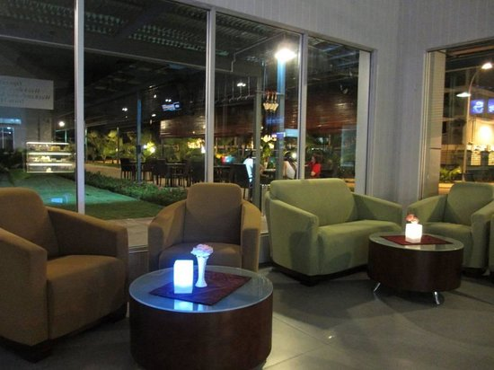 Kaki 5 cafe,borneo cove hotel