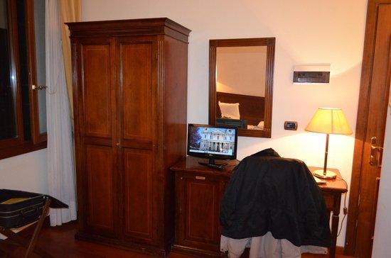 Hotel La Forcola: chambre