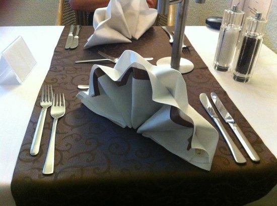Achat Hotel Kulmbach: Schön eingedeckter Tisch