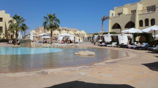 Palmyra Resort: Pool