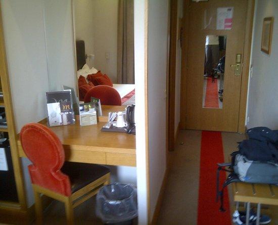 Mercure Porto Centro Hotel: bureau & entrée