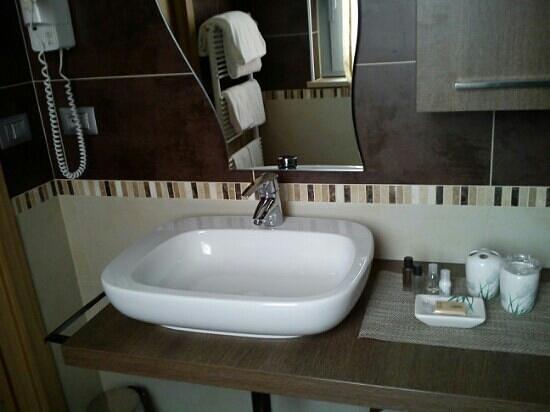 parte di bagno - Picture of La Grotta Hotel, Verona - TripAdvisor