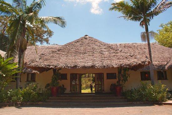 Moivaro Lodge: Entrance of the lodge