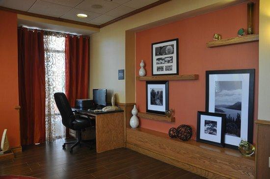 Hampton Inn Stony Creek: Business Center