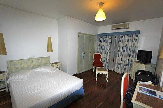 Hotel Lisboa Tejo: chambre