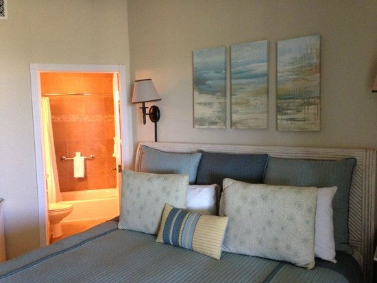 The Sands at Grace Bay: Bedroom