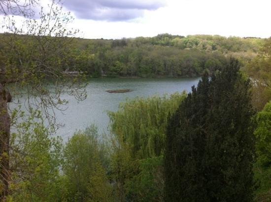 Domaine du Chatelard Restaurant: vue de la terrasse