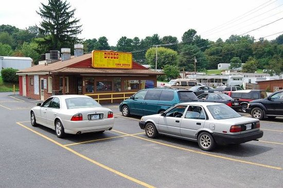 Dude's Drive-In: Drive In and Enjoy
