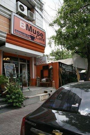 B Muse Cafe
