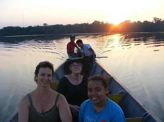 Manatee Amazon Explorer: Sunset on Laguna limoncocha