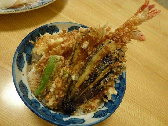 Uomasa: Tempura rice bowl