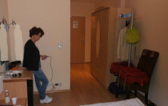 Am Sendlinger Tor: la camera 107 del Sendlinger Tor Hotel