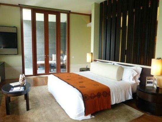 คาเปลลา สิงคโปร์: Seaview room with balcony