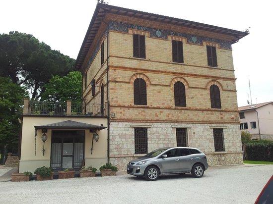 Villa Raffaello Park Hotel : Esterno della Villa