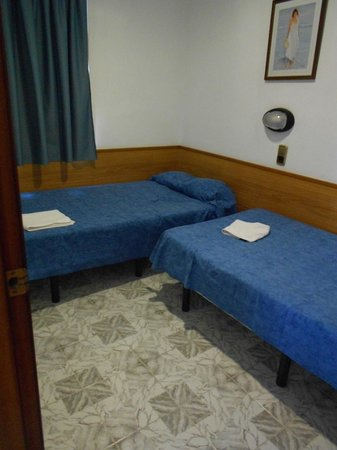 Apartamentos Europa: Second Bedroom (we booked a 1 bed)